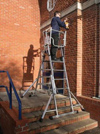 TELESCOPIC PLATFORM LADDERS