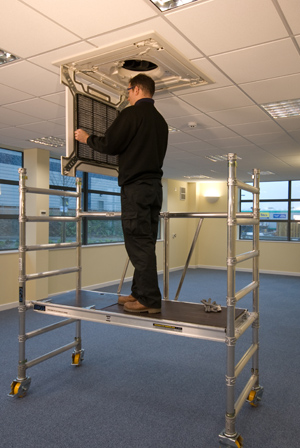 BOSS ROOM-MATE SCAFFOLD TOWER